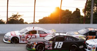 Cars in action during the Calypso Lemonade 200 for the ARCA Menards Series at Winchester Speedway in Winchester, Indiana, on July 31, 2021. (Emilee Chinn/ARCA Racing)